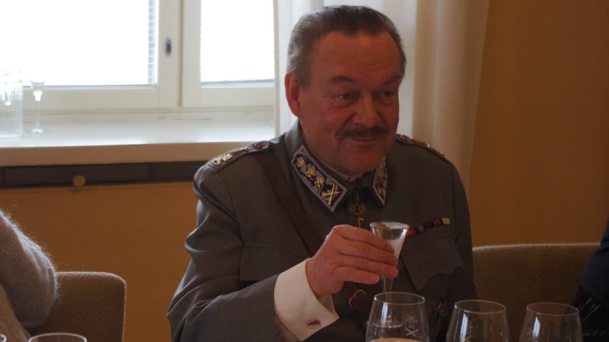 Mannerheim Timo Närhinsalo
