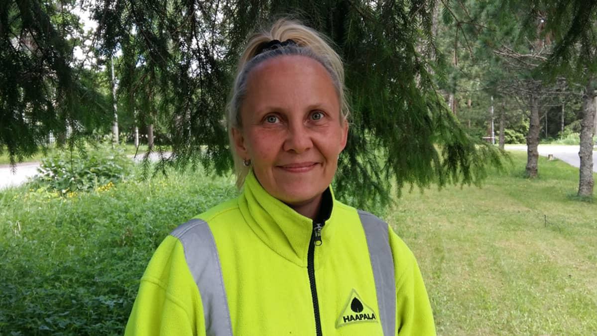 Puistopuutarhuri Kirsi Haapala