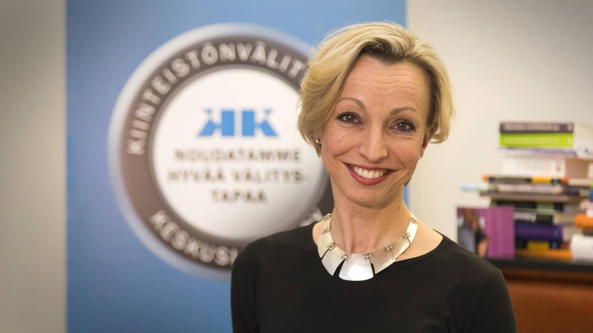 Maria-Elena Cowell, toimitusjohtaja, Kiinteistönvälitysalan Keskusliitto