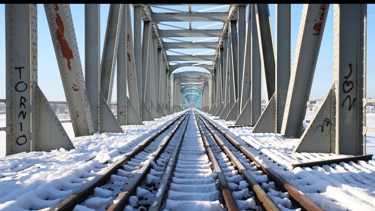 Suomen ja Ruotsin välinen rautatiesilta