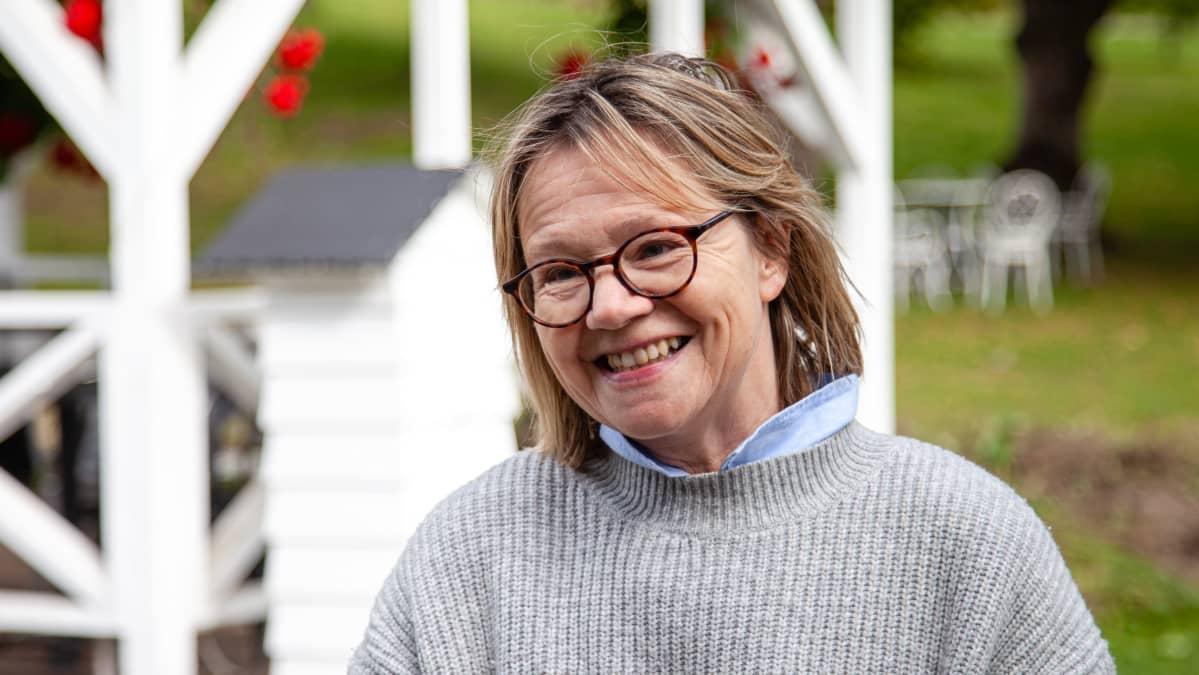 Pulsan Aseman yrittäjä Petra Karjalalainen.