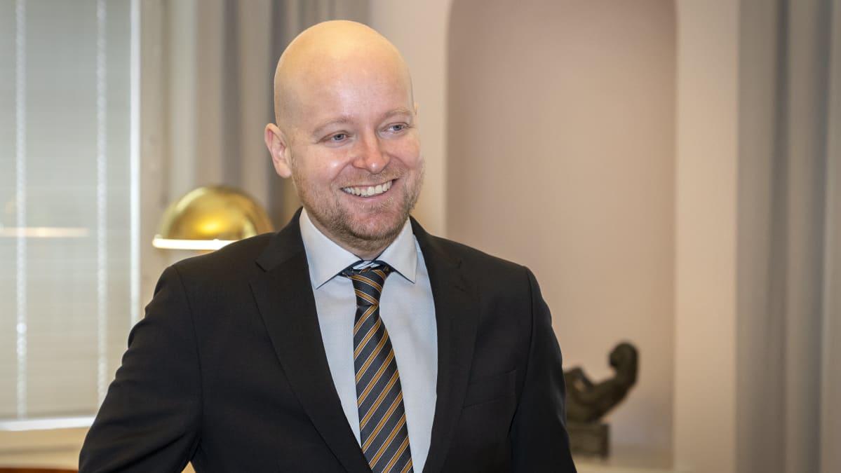 Opetusministeri Jussi Saramo, Vasemmistoliiton puheenjohtaja