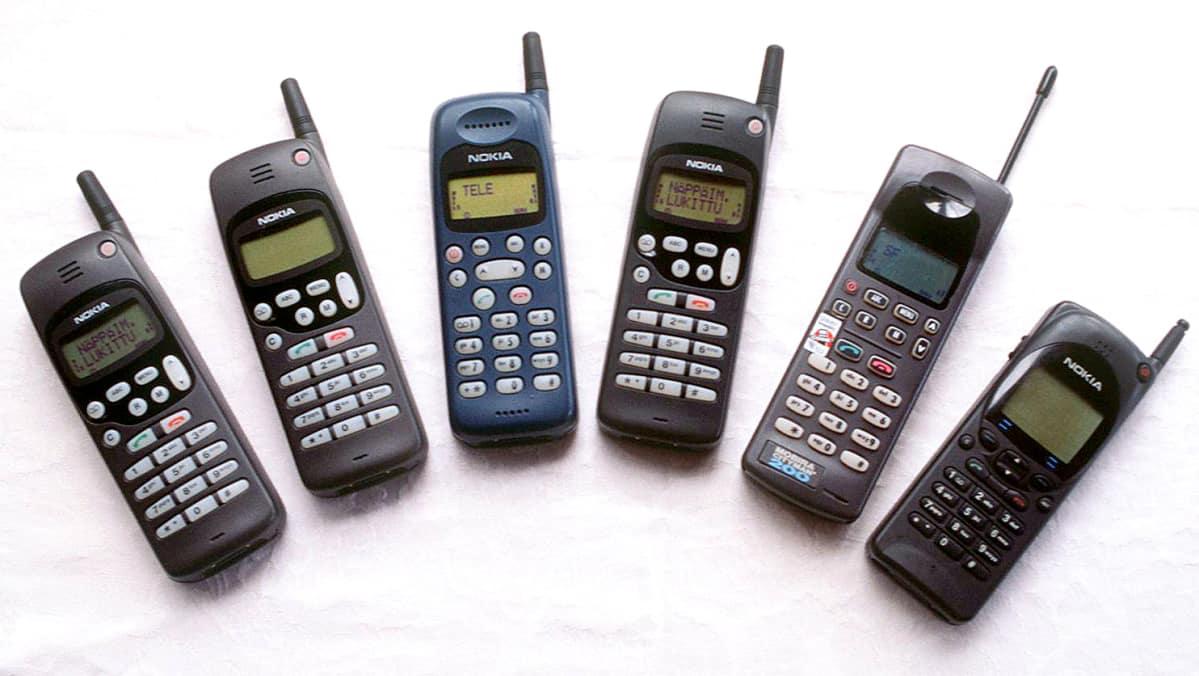 1990-luvun loppupuolella Nokian kännykät näyttivät tältä.
