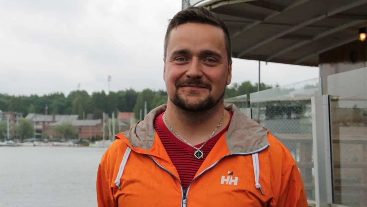 Veiterän päävalmentaja Tuomas Erkkilä.