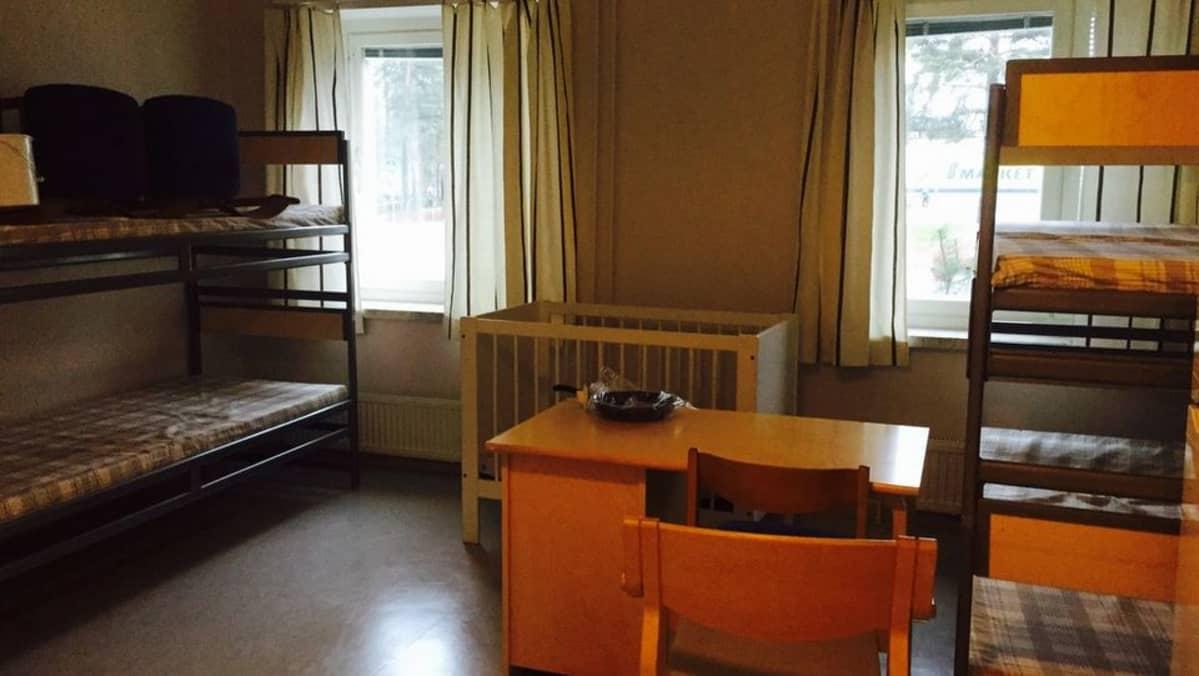 Turvapaikanhakijoiden huone