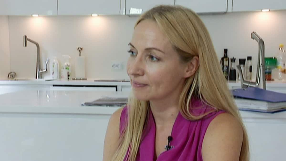Mediasuunnittelija Sanna Rönnblad koodasi ensimmäisen vaalikoneen.