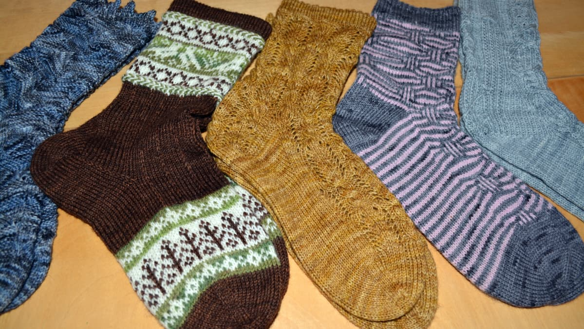 Tiina Kuulasmaan neulomia sukkia