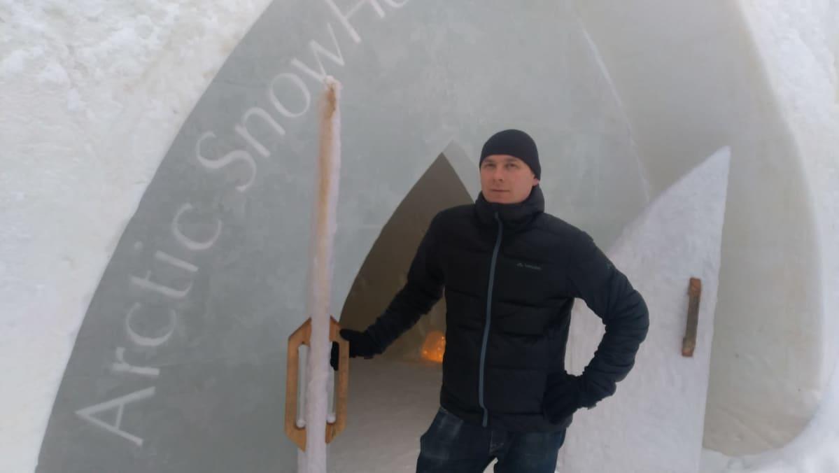 Arctic Snowhotelin toimitusjohtaja Ville Haavikko