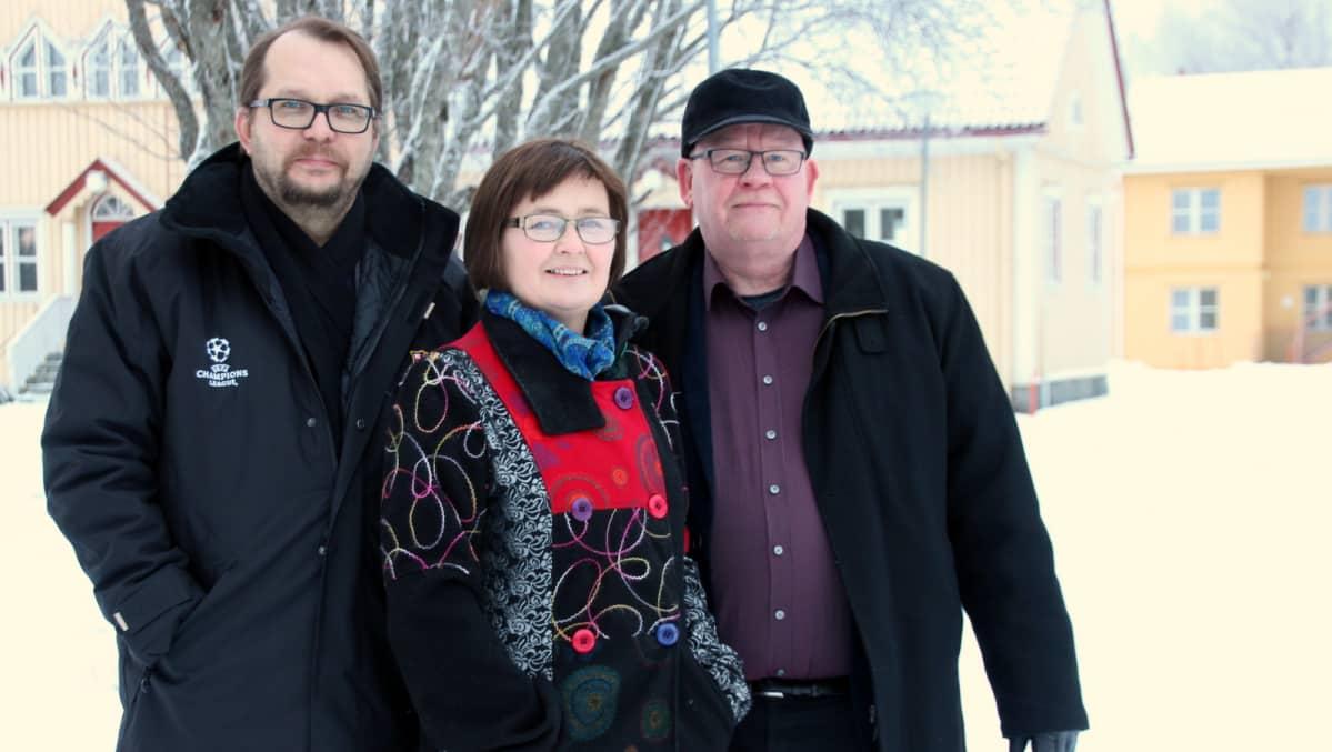 Hannu Urjanheimo, Anita Timonen ja Erkki Hukka Mekrijärvellä.