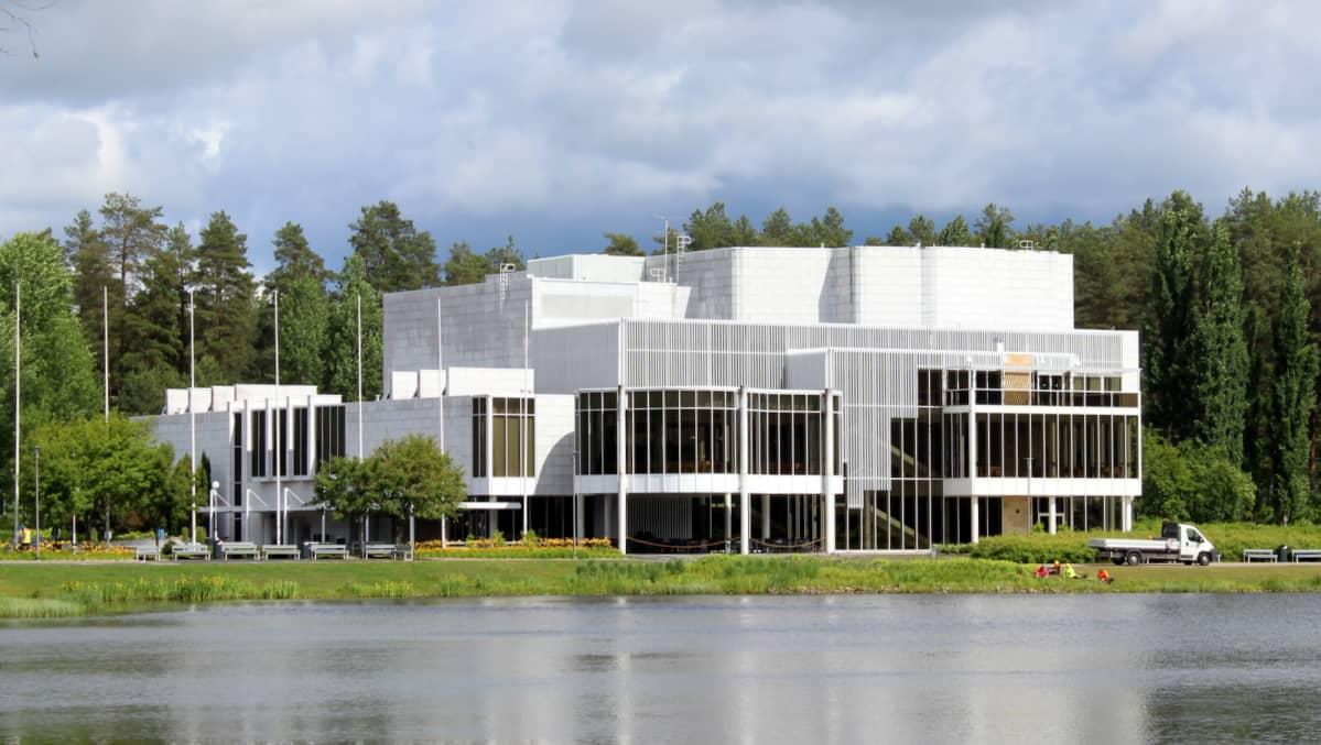 Konsertti- ja kongressitalo Mikael Mikkelissä.