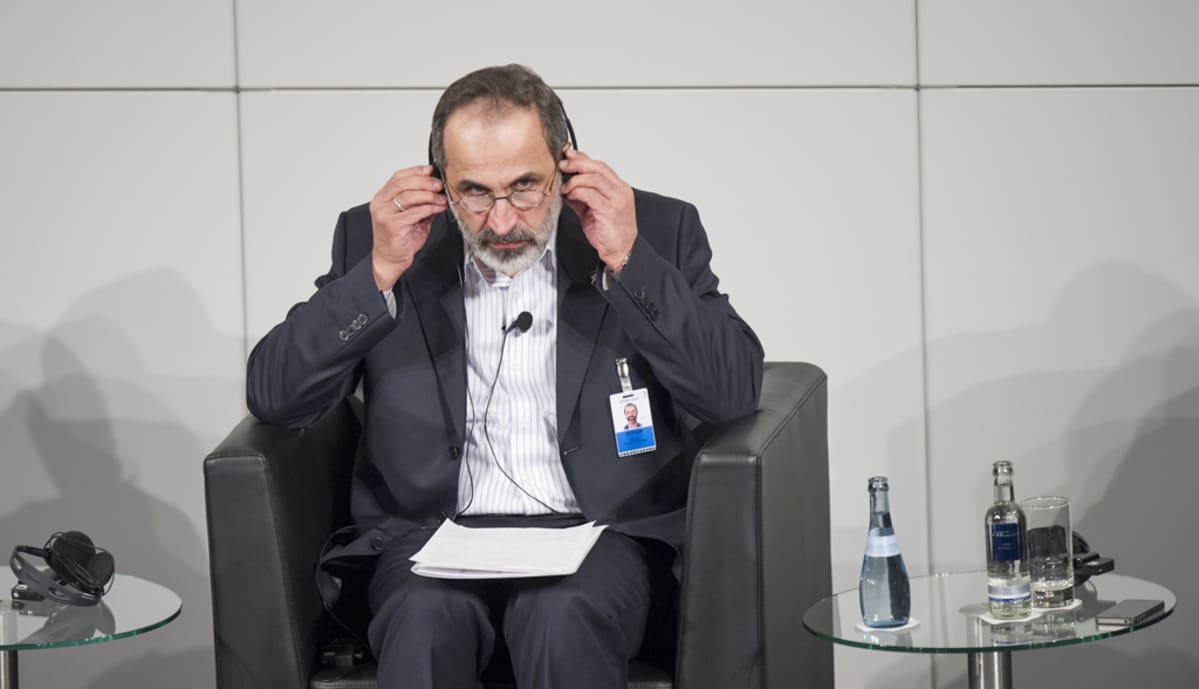 Syyrian hallitusta vastustavan opposition johtaja Moaz al-Khatib
