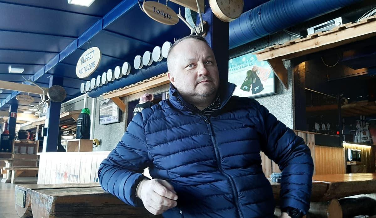 Oululainen Mauri Kesonen Rukalla.