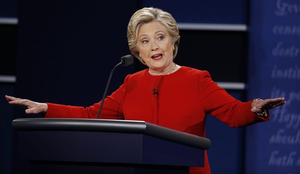 Demokraattien presidenttiehdokas Hillary Clinton hyökkäsi muun muassa Trumpin ydinasepuheita vastaan