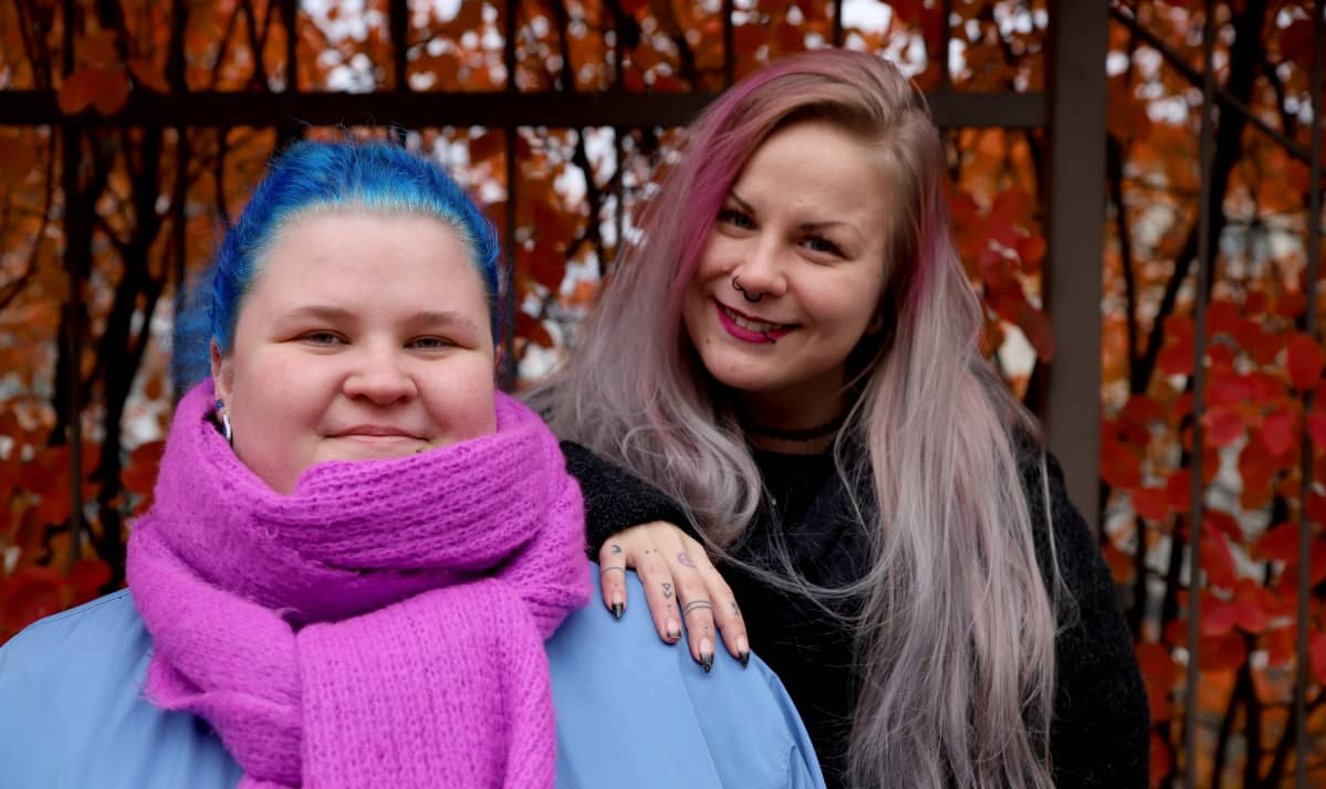 Krista Viitala ja Katri Salmi Lahdessa.