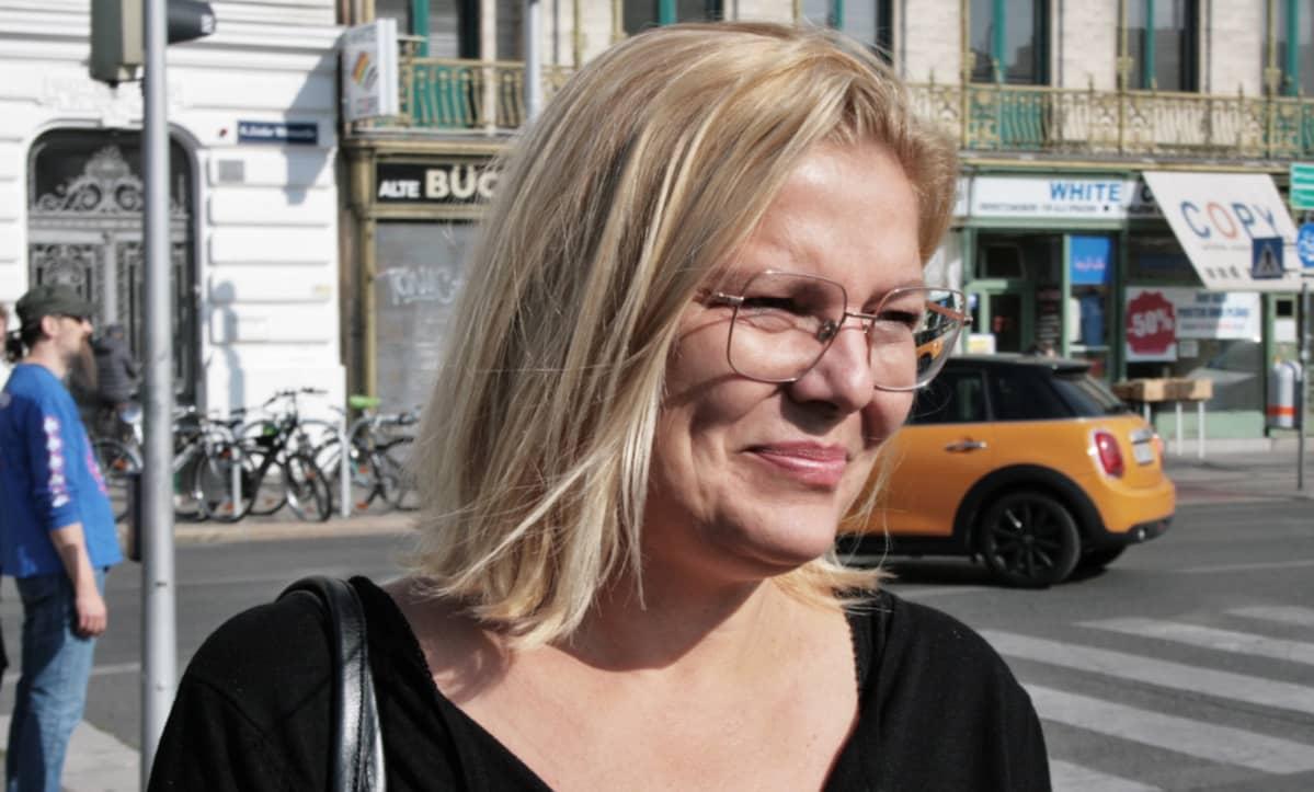 Politiikan tutkija Kathrin Stainer Hämmerle.
