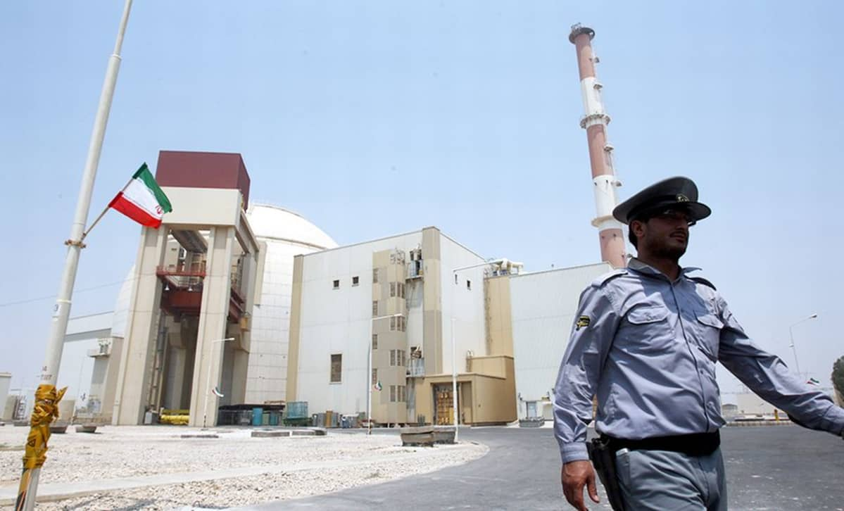 Bushehrin ydinvoimala Etelä-Iranissa. Valokuva on vuodelta 2010.