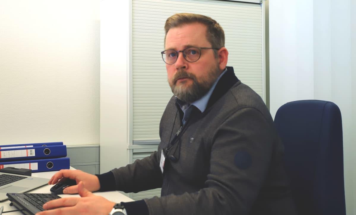 Porin oppilashuollon päällikkö Tero Grönmark