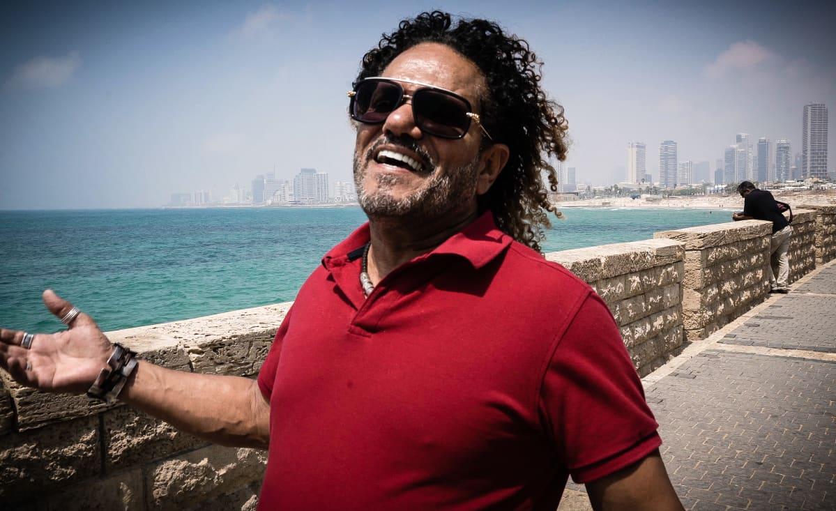 Mies Tel Avivissa
