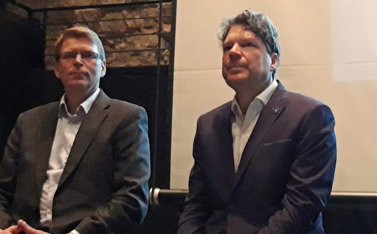 Keliberin päägeologi Pentti Grönholm ja toimitusjohtaja Pertti Lamberg.