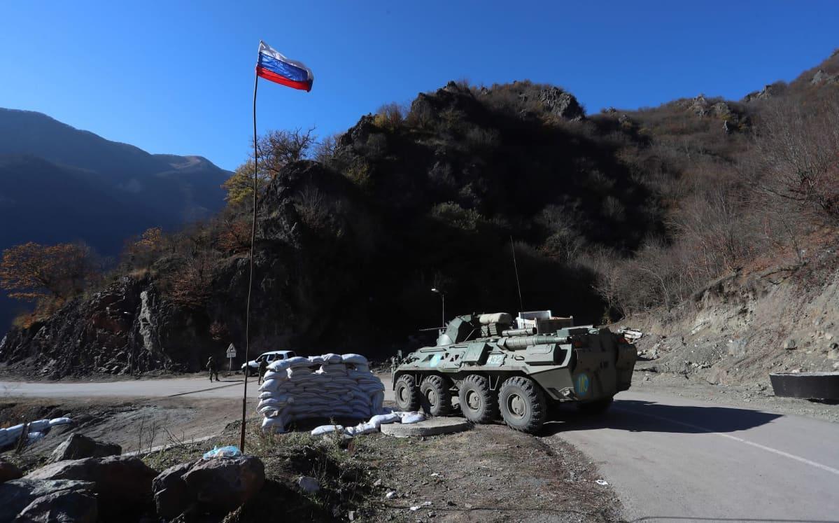 Venäläisiä rauhanturvaajia kuvattuna Kalbajarissa Azerbaidžanissa 24. marraskuuta.