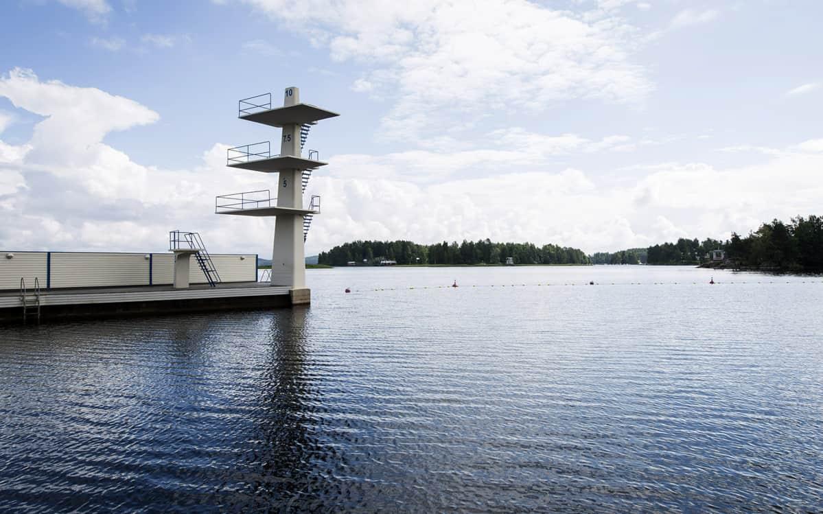 Väinölänniemen hyppytorni Kuopiossa.