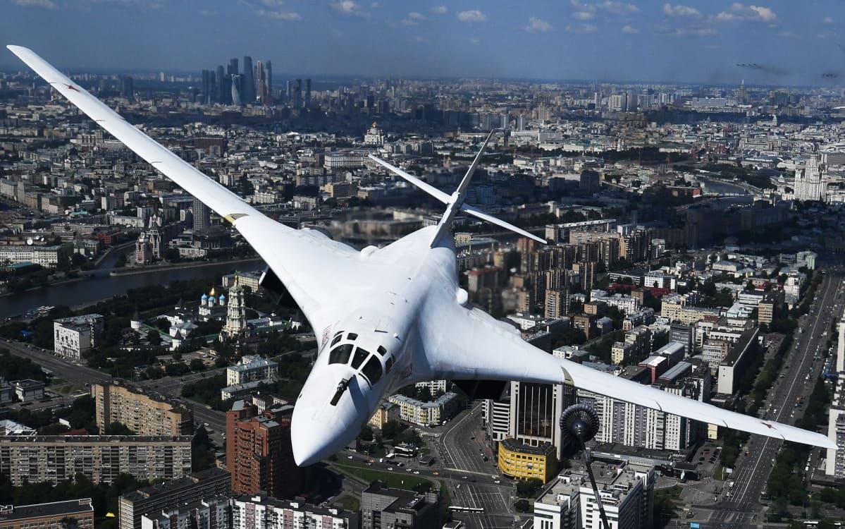 Venäjän ilmavoimien Tupolev Tu-160 strateginen pommikone