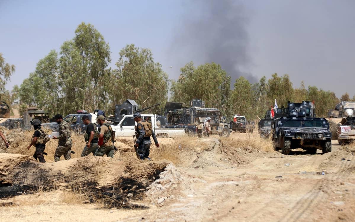 Irakin liittovaltion poliisiviranomaiset ottavat aseman Tal Afarin kaupungista Mosulin länsipuolella Pohjois-Irakissa elokuussa 2017.