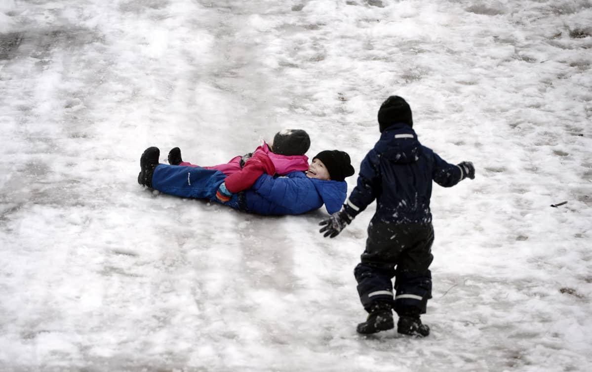 mihin hiihtolomalla lasten kanssa