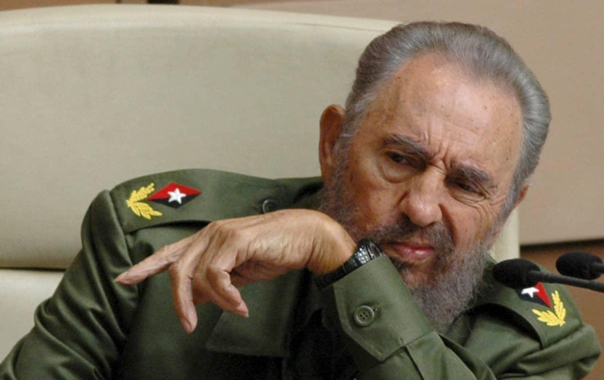 Fidel Castro Kuuban parlamentissa 2005