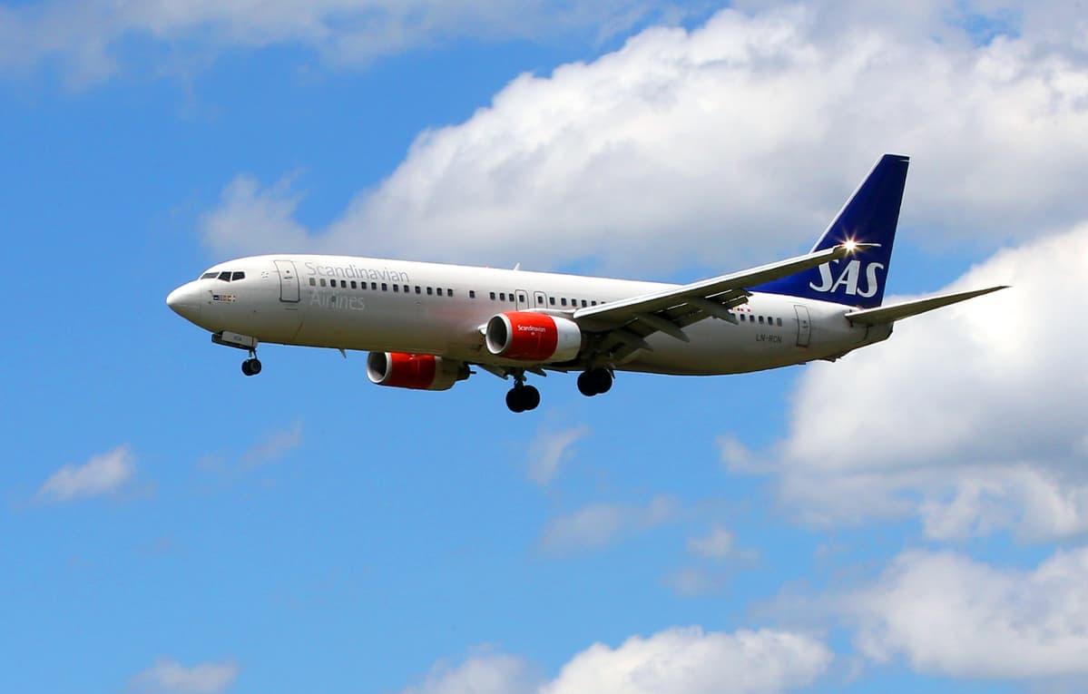 SAS:n lentokone ilmassa.