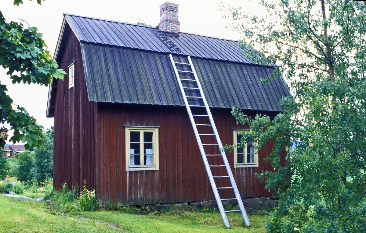 Aleksis Kiven synnyinmökki Nurmijärven Palojoella