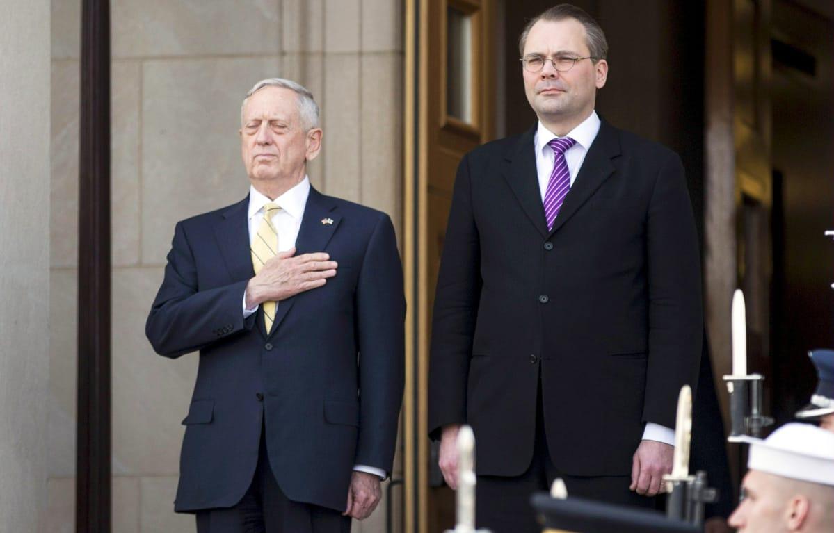 """Suomeen saapuva James """"Mad Dog"""" Mattis on soturimunkki, joka tuntee hyvin suomalaista puolustuspolitiikkaa"""