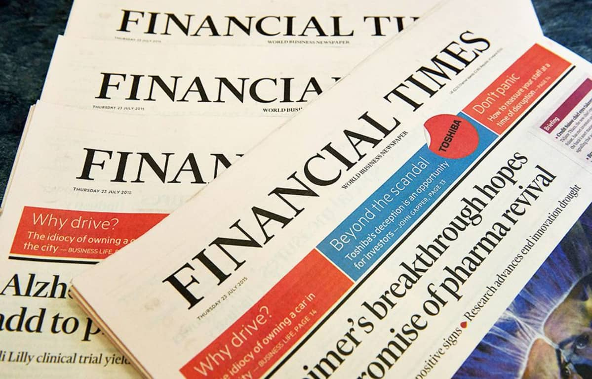 Financial times lehtiä.