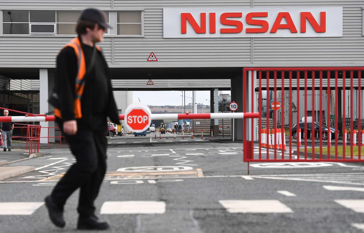 Nissanin autotehdas Englannissa helmikuussa 2019.