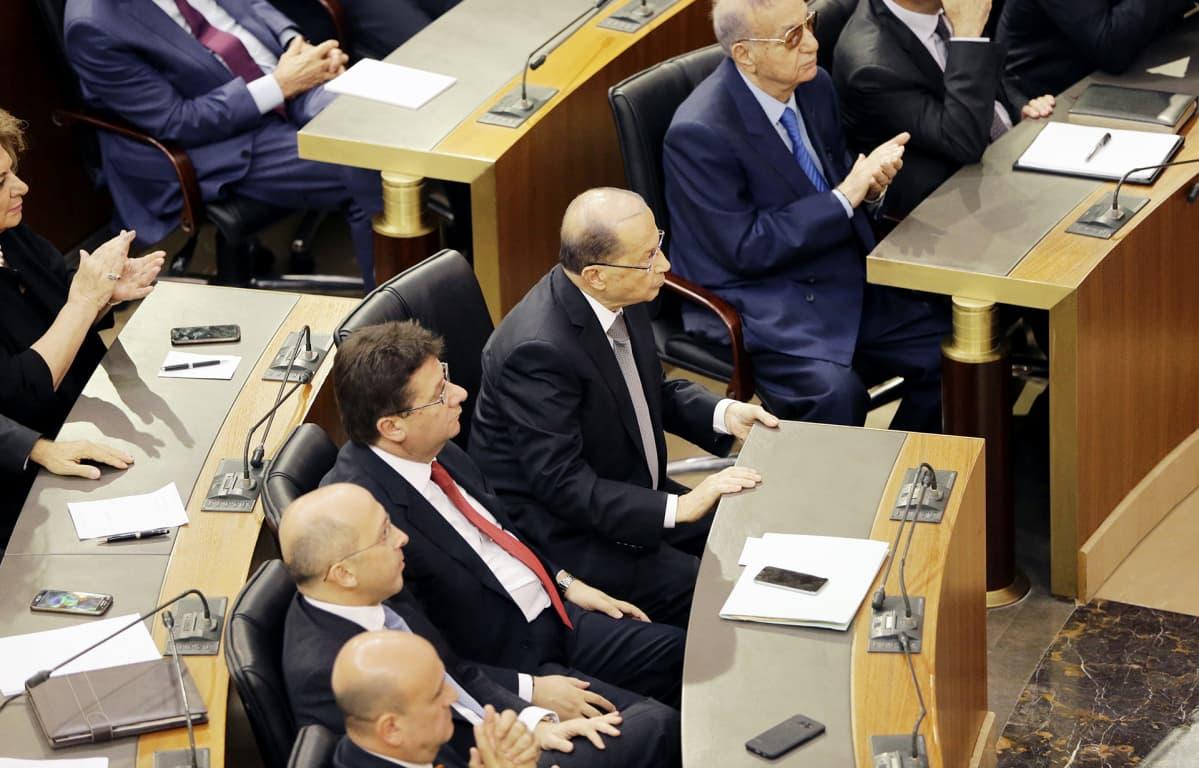 Libanonin parlamenttitalon istuntosali.