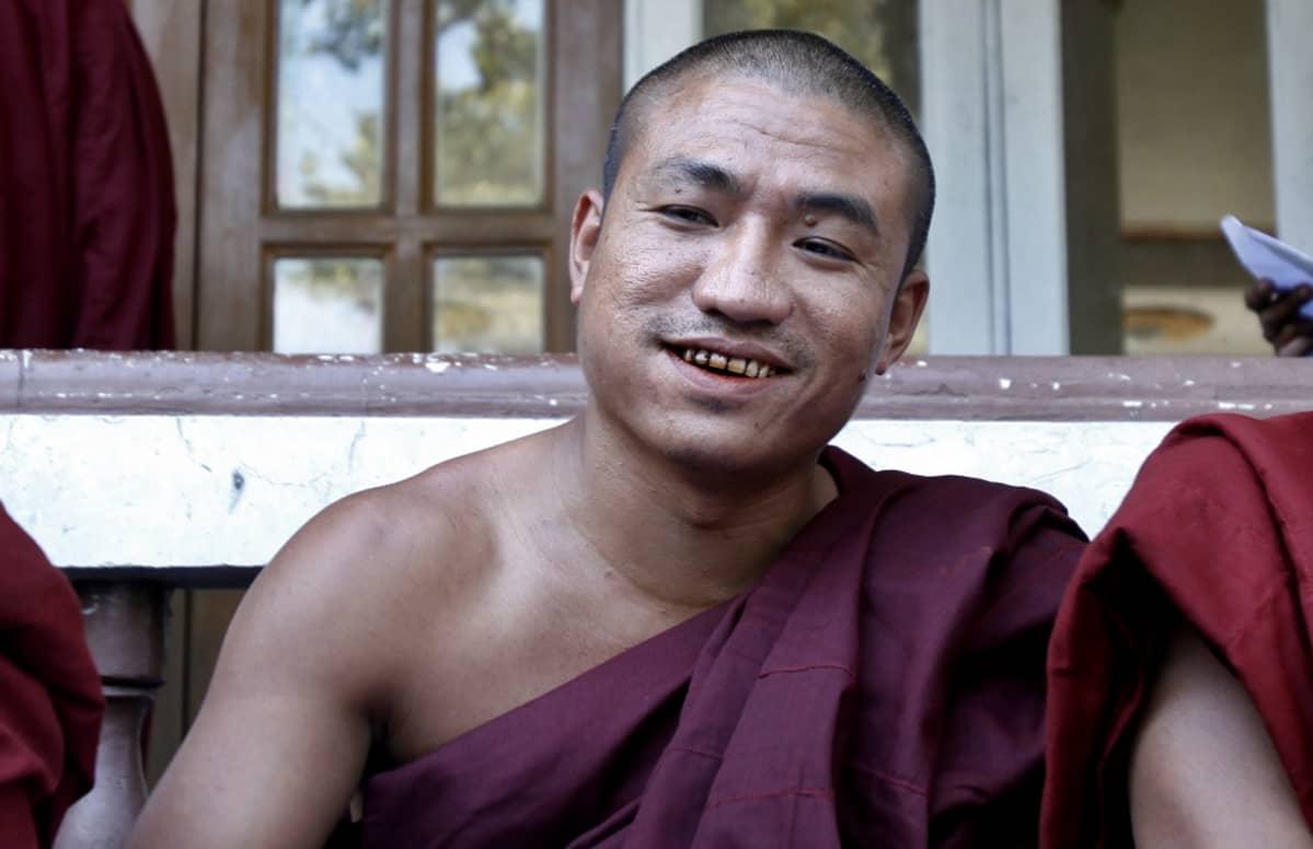 Gambira buddhalaismunkin kaavussa