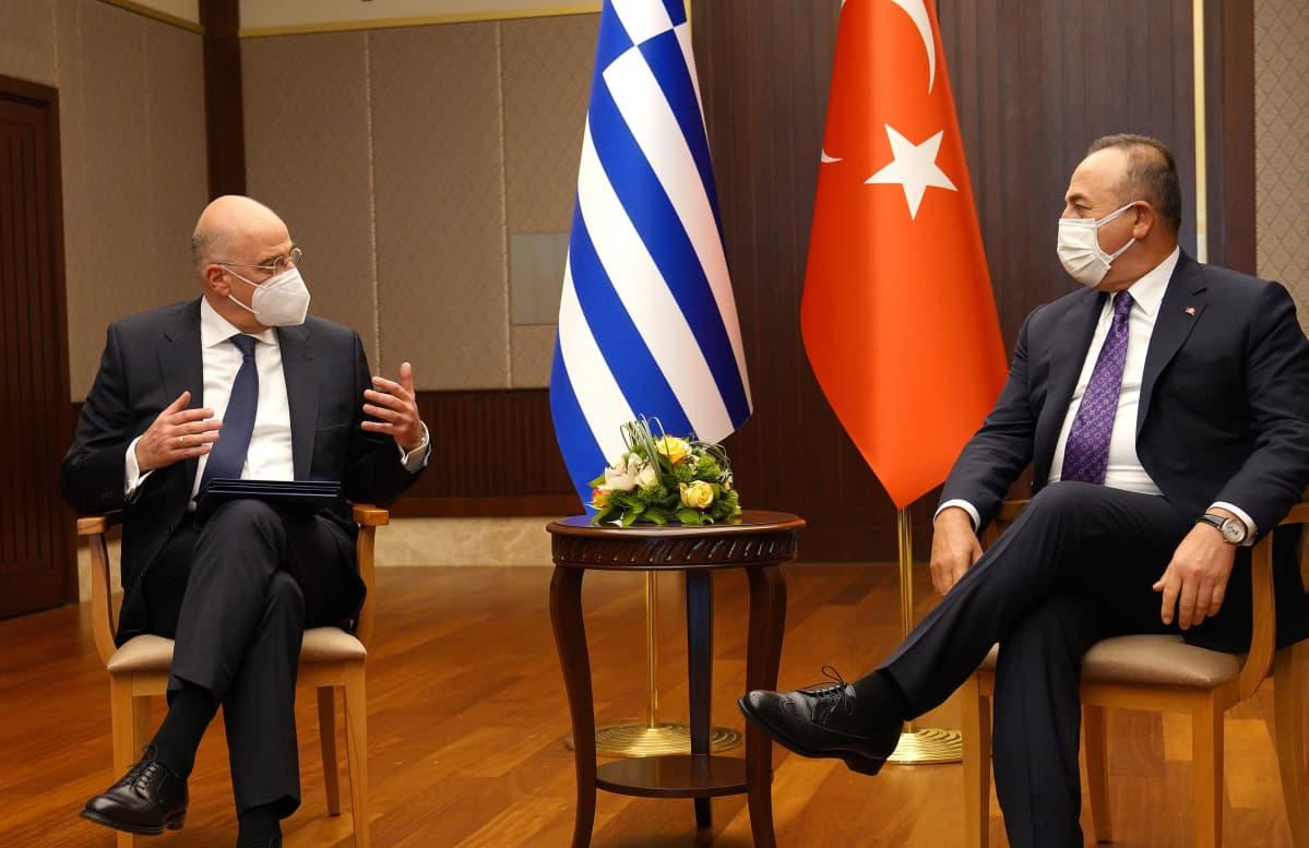 Kreikan ja Turkin ulkoministerit Ankarassa torstaina.