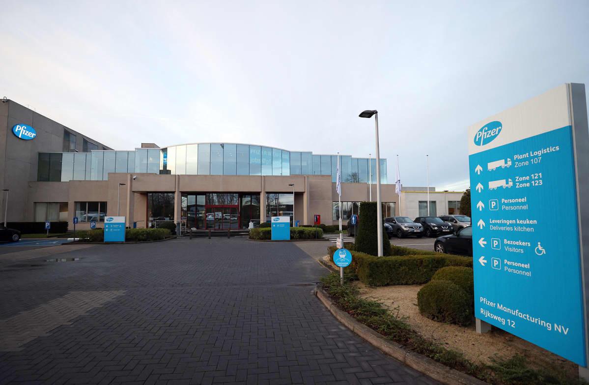 Pfizerin tehdas Puurissa, Belgiassa.