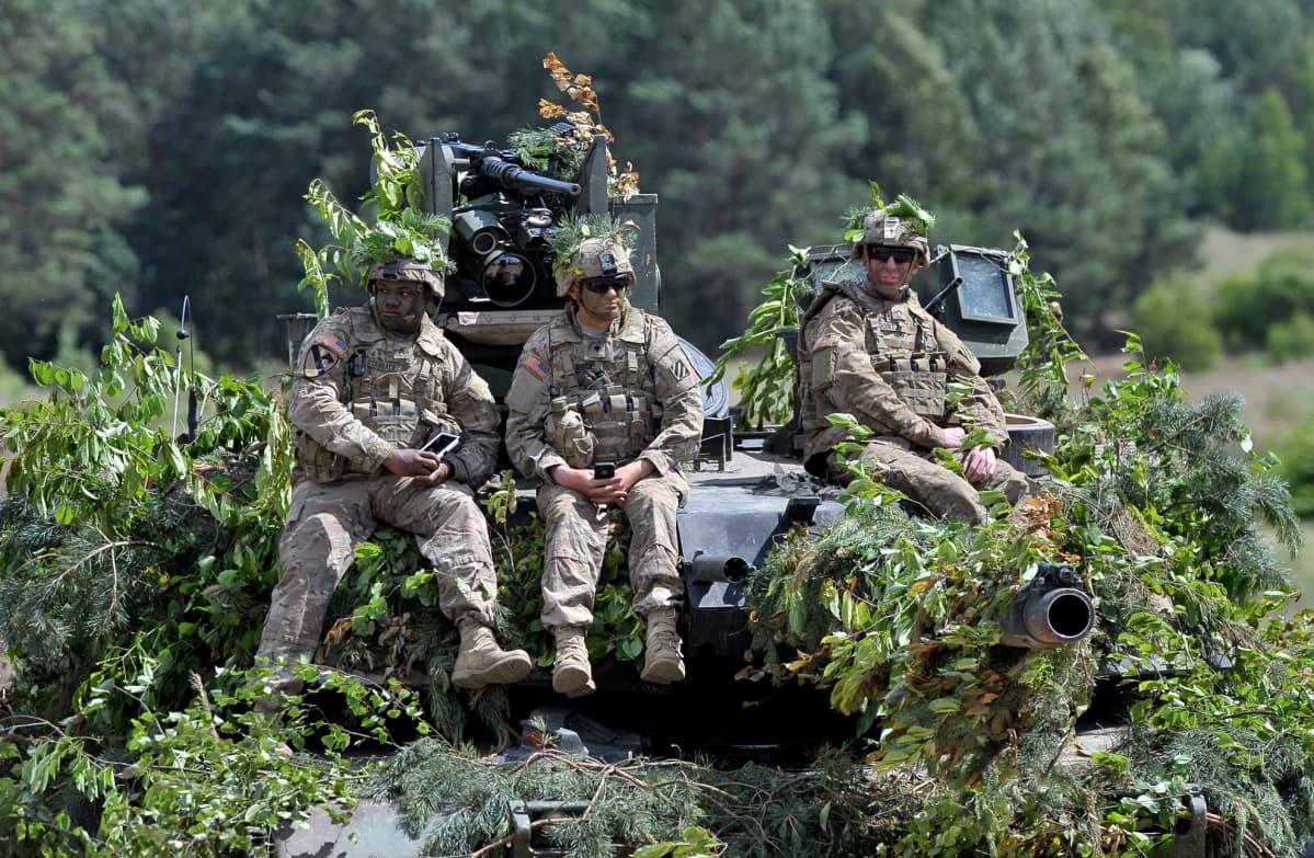 Yhdysvaltalaissotilaita Anakonda 2016 -harjoituksissa Drawsko Pomorskiessa, Puolassa, 16. kesäkuuta.