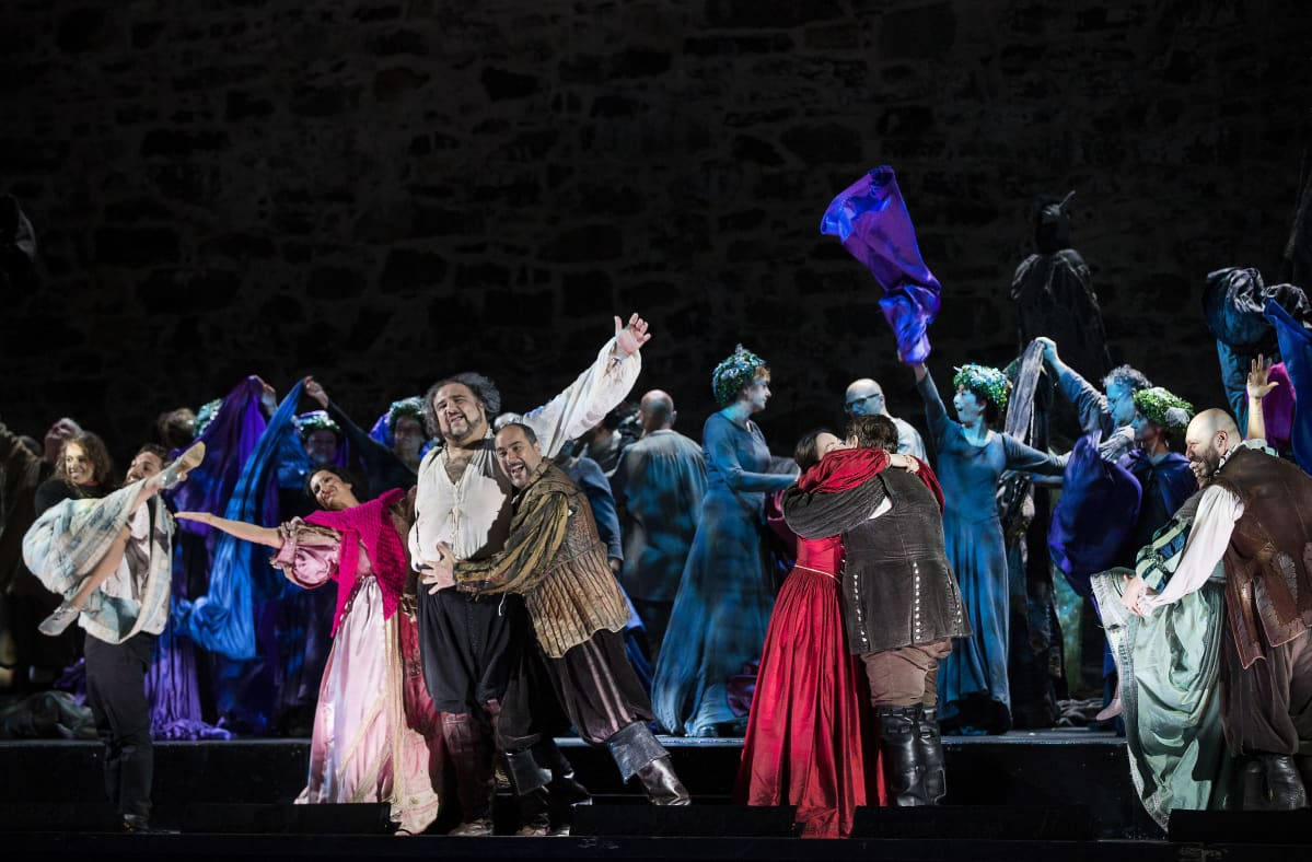 Falstaffin tärkein sanoma on, ettei itseään kannata ottaa turhan vakavasti. Savonlinnan oopperajuhlat.