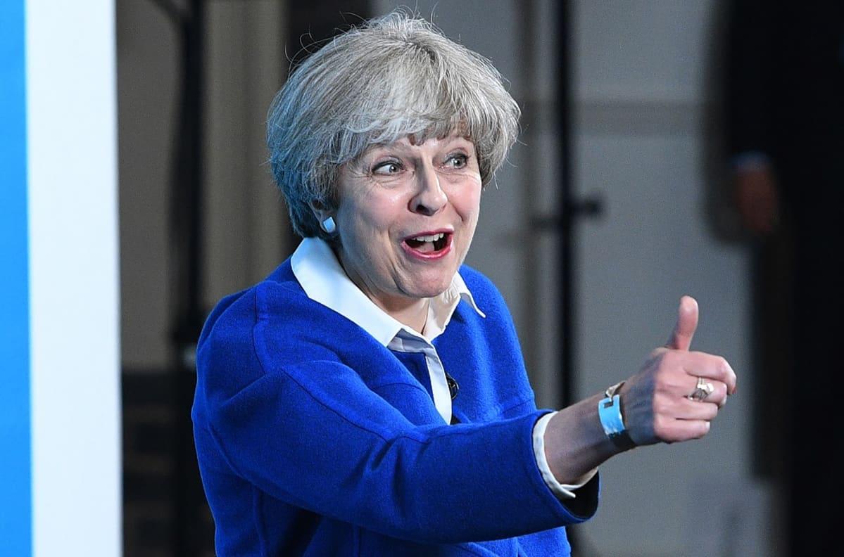 Theresa May konservatiivipuolueen kampanjatilaisuudessa Wolverhamptonissa 30. toukokuuta 2017.