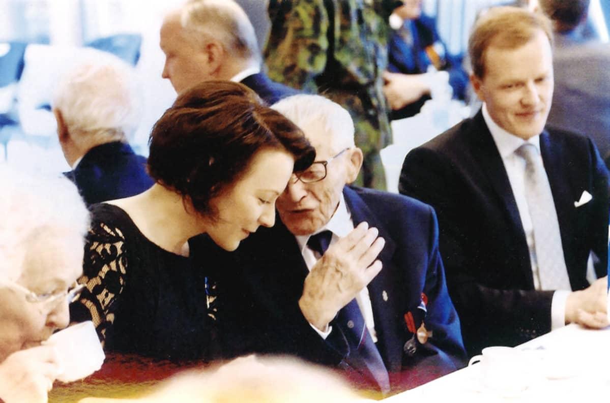 Linnan juhlissa vuonna 2014 Hannes tapasi jo toista kertaa ihailemansa presidentin puolison Jenni Haukion.