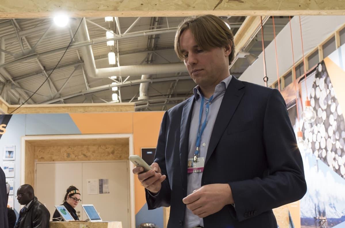Energia- ja ilmastojohtaja Ahti Fagerblom Metsäteollisuudesta.