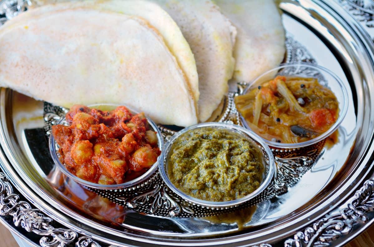 Intialaista ruokaa.