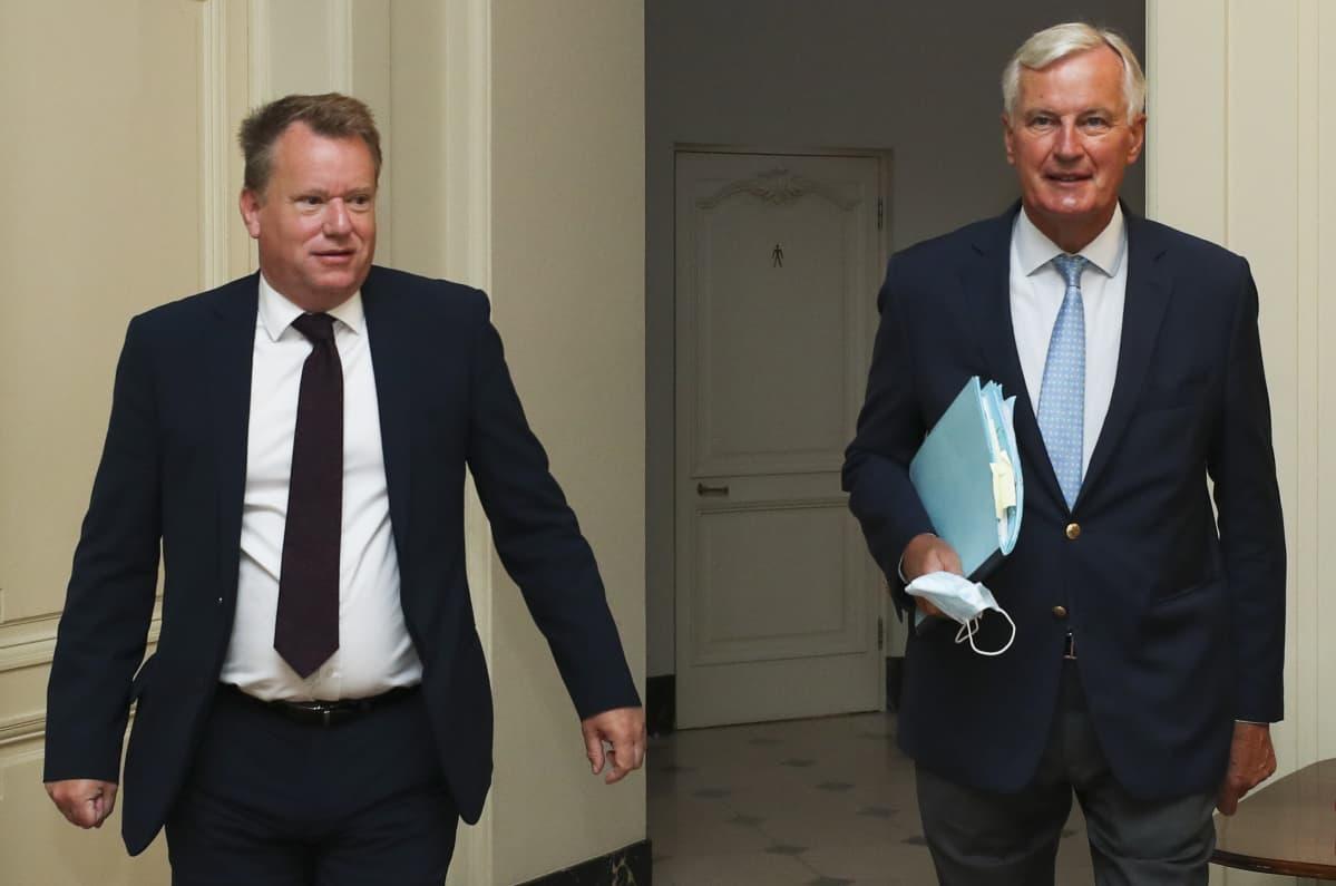 David Frost ja Michel Barnier