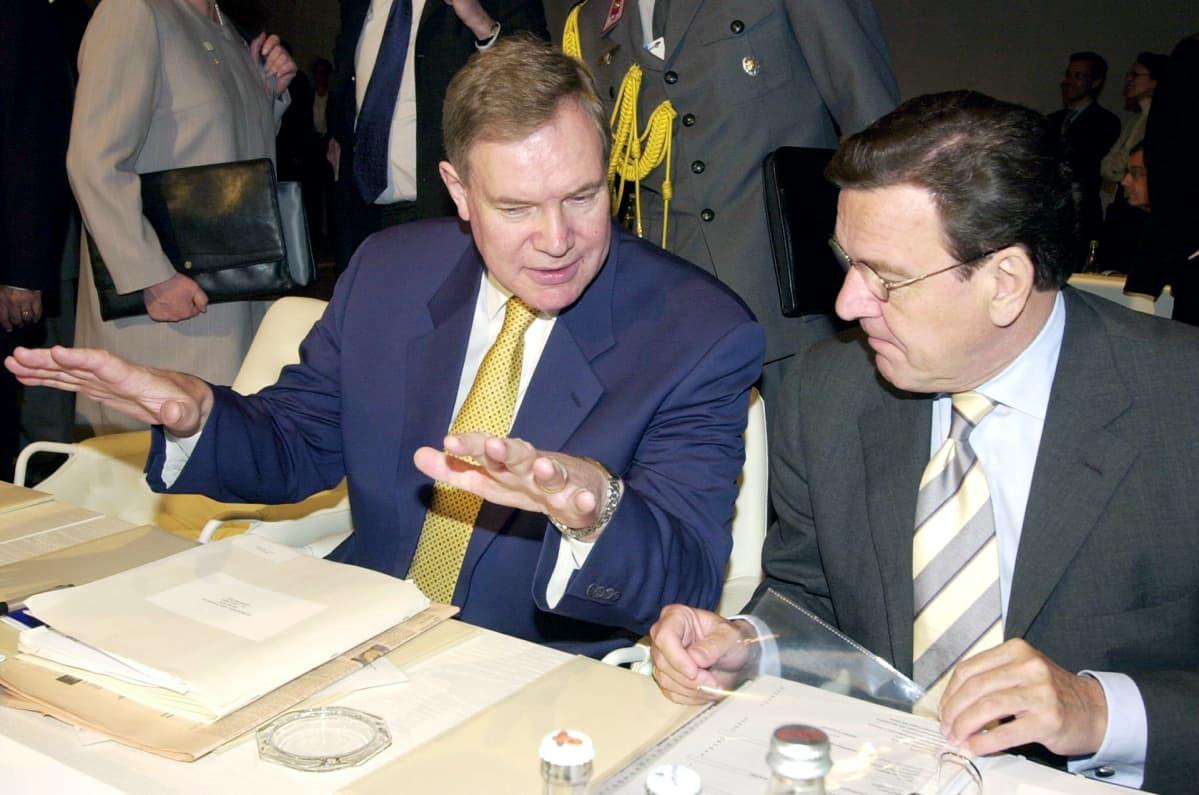 Paavo Lipponen ja Gerhard Schröder tapasivat Göteborgissa 15. kesäkuuta 2001.