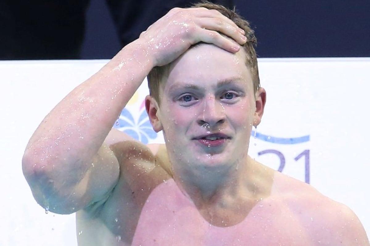 Iso Britannian Uimari Adam Peaty Lhikuvassa