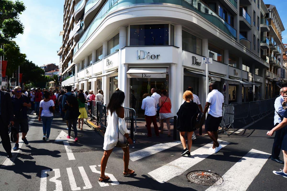 Diorin kauppa Ranskan Cannesissa.