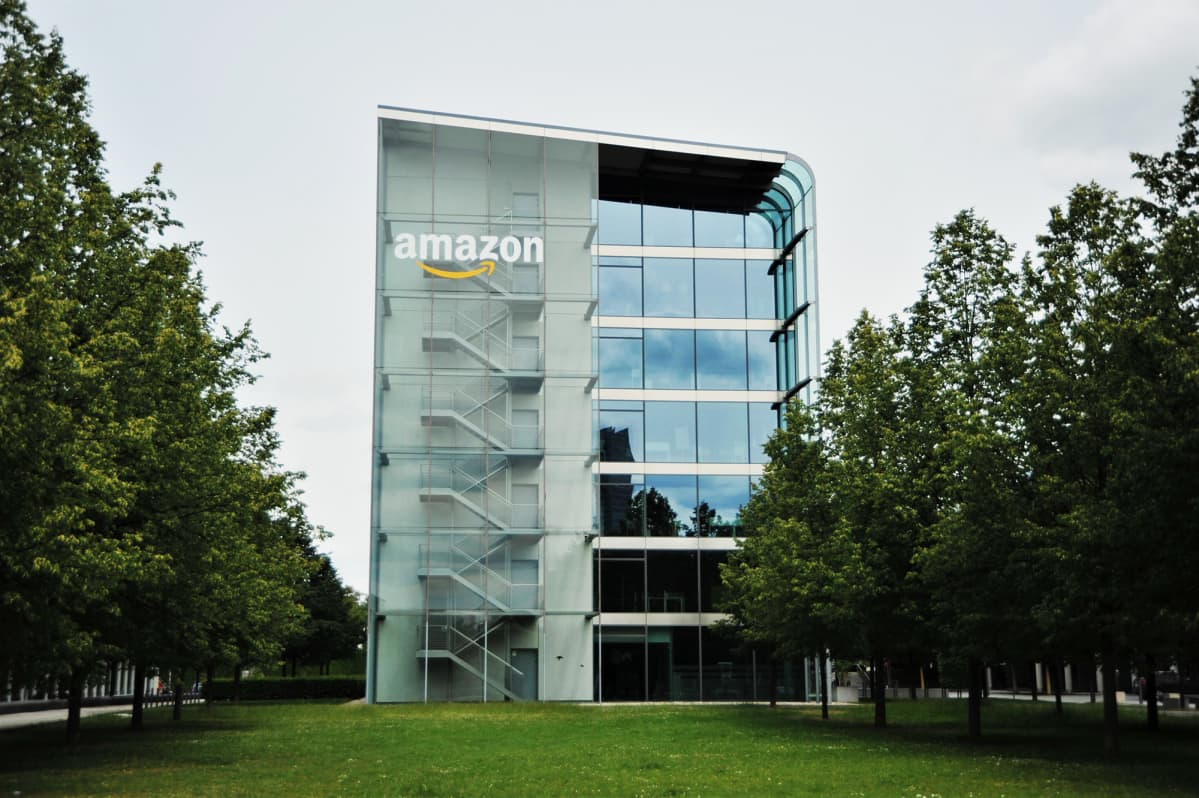 Saksan Amazonin pääkonttori Münchenissä.