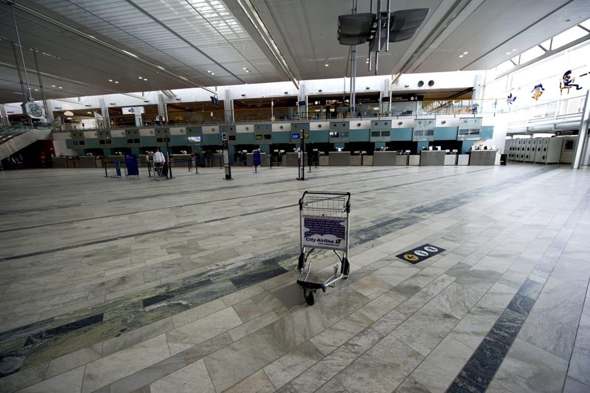 Landvetterin lentoasema 15. huhtikuuta 2010